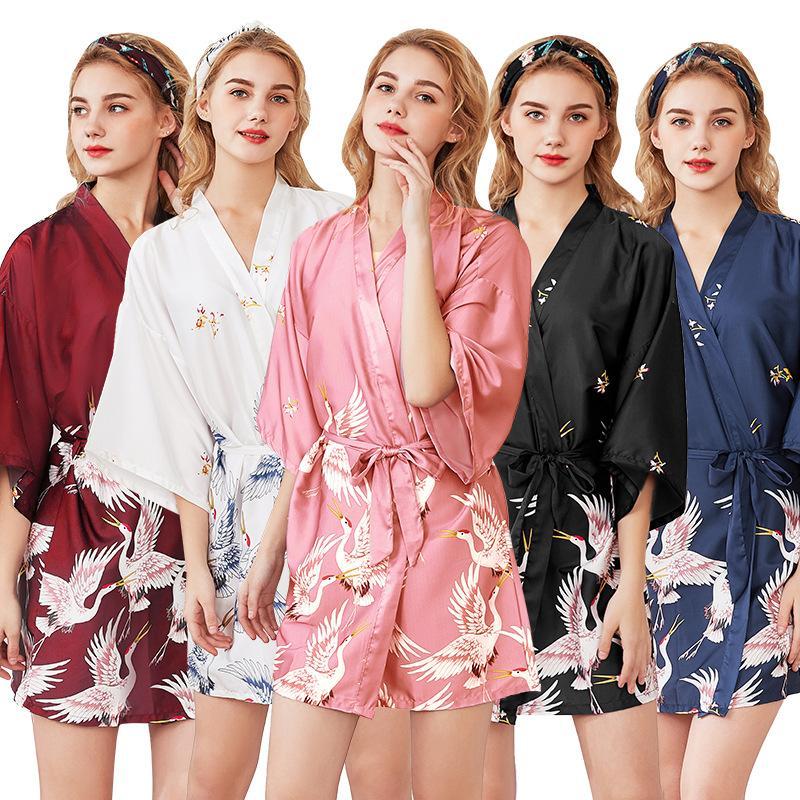 d15063343e0a 2019 Summer Satin Kimono Short Bathrobe Women Wedding Bride Bridesmaid Wedding  Robe Dress Gown Sexy Sleepwear Red Crown Crane From Biangye