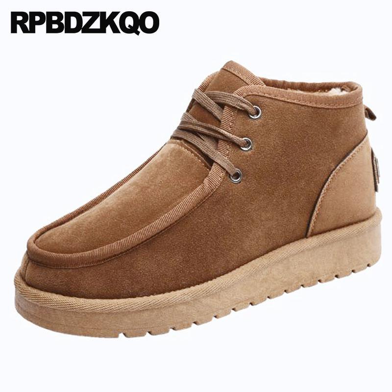 Compre 2018 Botas De Gamuza De Invierno Para Hombre Con Botines De Piel Y  Tobillo Australiano Con Cordones Impermeables Hasta Marrón Cortos Zapatos  De Moda ... bef1b478f5061
