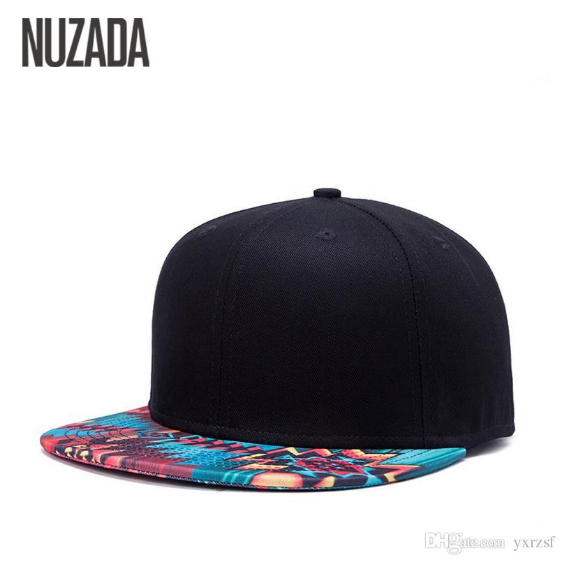 f590d897cd9 Compre Marca NUZADA Diseño Único Gorra De Béisbol Para Mujeres Hombres  Patrón De Impresión Ósea Gorras De Algodón Popular Street Art Sombreros  Snapback A ...