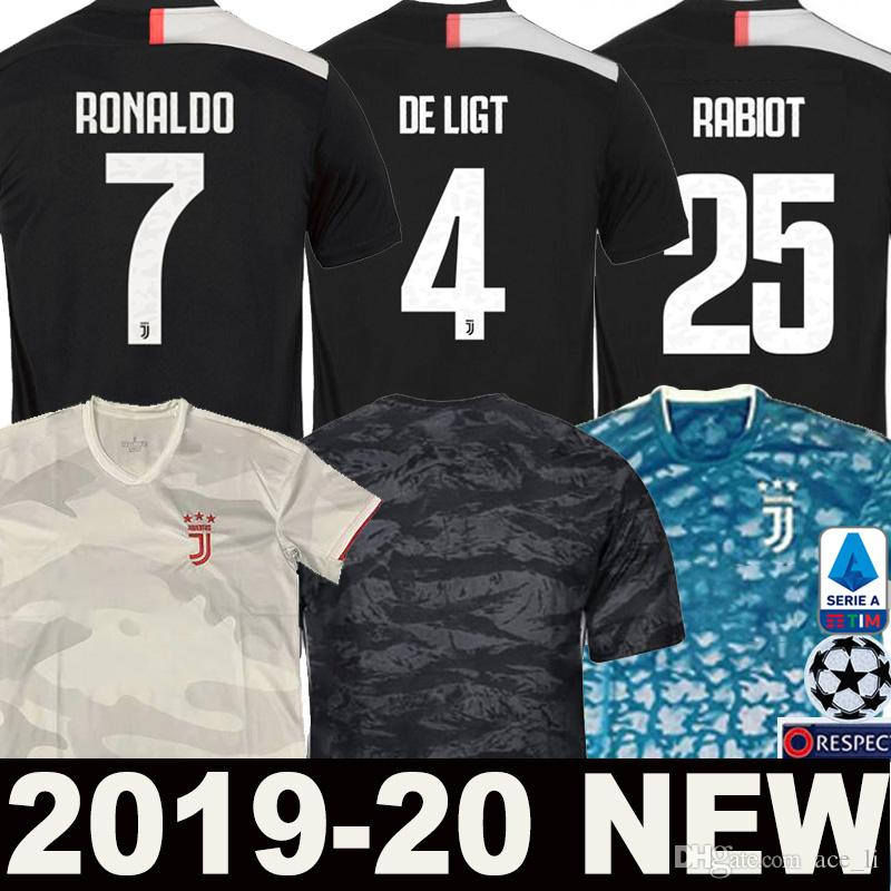 d4c5917c68 Compre 19 20 JUVENTUS DE LIGT RONALDO Camisa De Futebol 2019 2020 RABIOT  KEAN Goleiro DYBALA Longe Jersey Branco Champions League Man Mulheres  Crianças ...