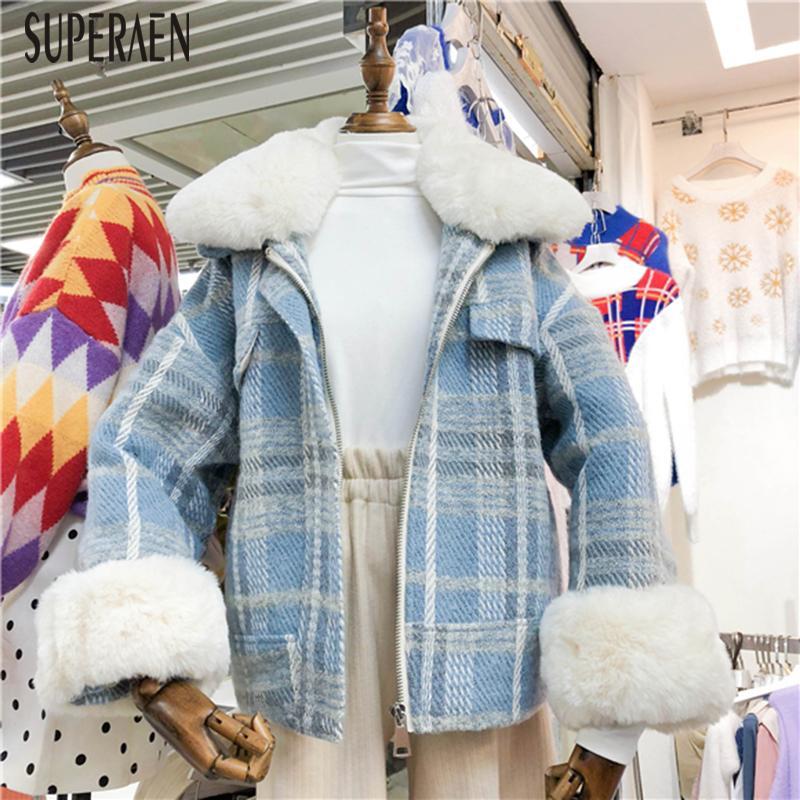 7f71ba0ba6 Compre SuperAen Estilo Coreano Mulheres Casaco De Lã Selvagem Casual Moda  Casaco De Lã Grossa Feminino 2018 Inverno Novo Grosso Feminino De Vikey18,  ...