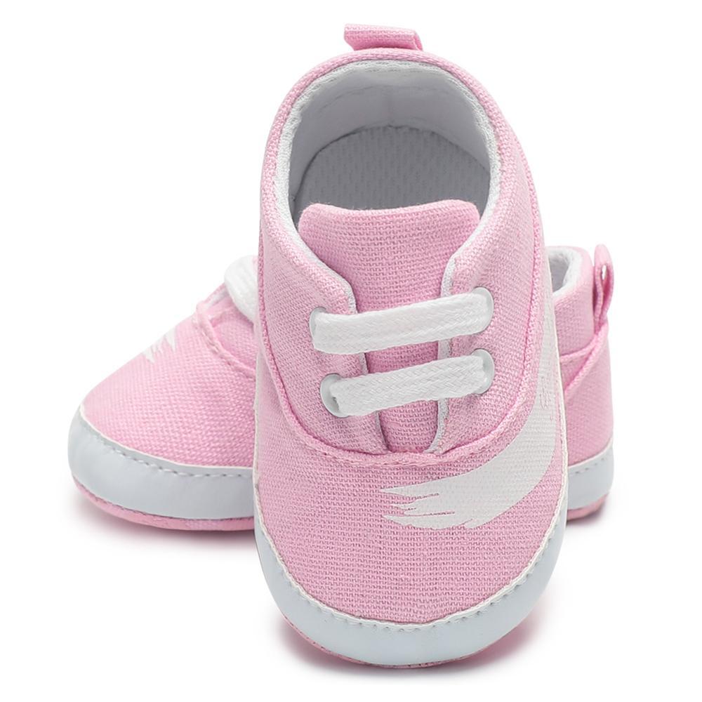 9345e6dd27410 Acheter Bébé Chaussures Filles Toile Solide Infantile Fille Chaussures  Casual Bébé Berceau Anti Slip 0 18 Mois Doux Nouvelle Toile Sport Nouveau Né  De ...