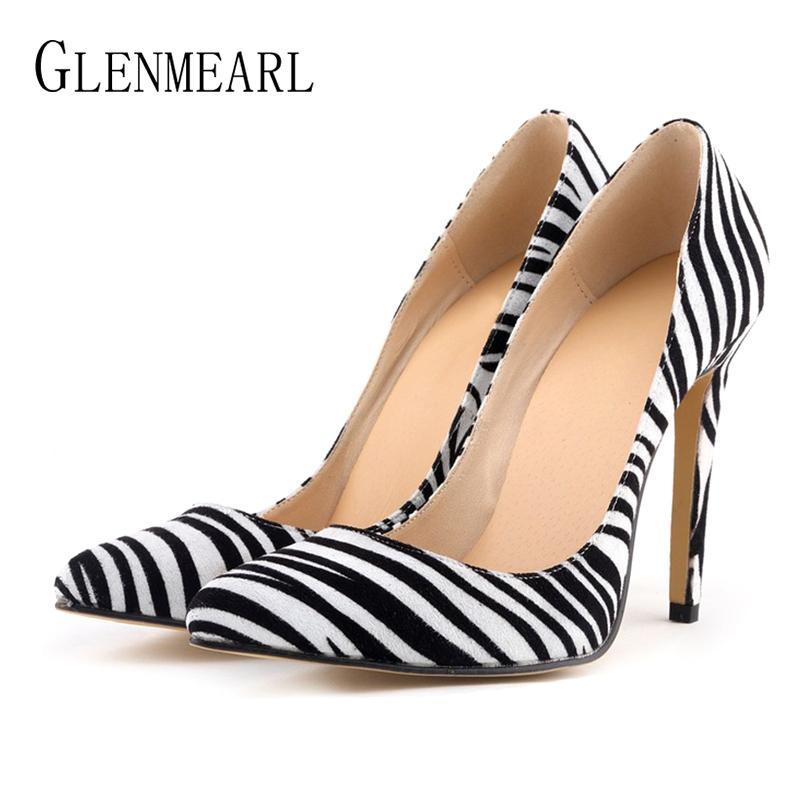 a387af6addba2 Compre Diseñador Mujer Bombas Zapatos De Leopardo Tacones Altos Sexy Dedos  En Punta Zapatos De Boda Mujer Tacón De Aguja Oficina Dama Vestido Calzado  Casual ...