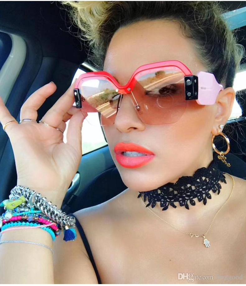 9930b4e80e2f9 Compre plus size Óculos de sol do vintage designer de marca jpg 790x918 Oculos  plus size