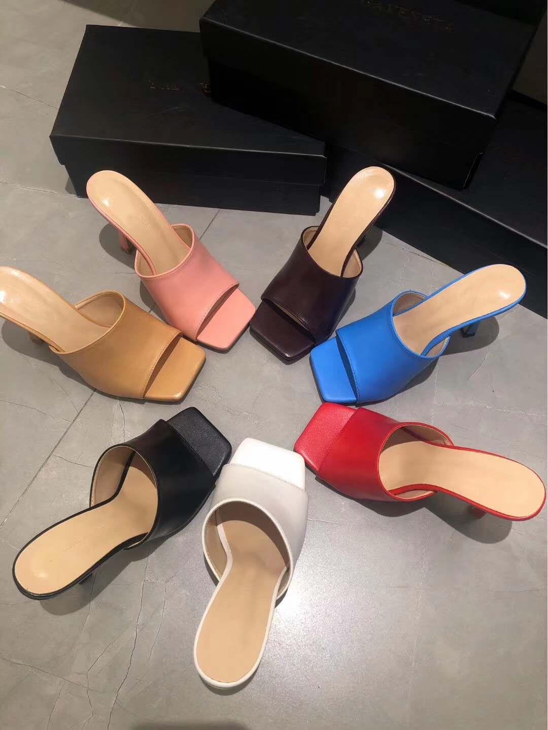 мульти цветов растягивать сандалии натуральной кожи мулов с квадратом единственного размером происхождения пакетом 35 до 41 tradingbear