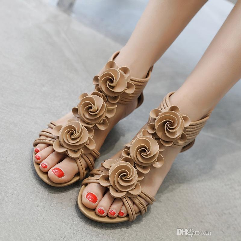 cca2d0f7c Compre 2019 Moda Nueva Chica Romana Flores Cuña 4.5 Cm Sandalias Verano  Zapatos De Mujer Sandalia Femenina Talón De La Pendiente Del Zapato Tamaño  Grande 42 ...