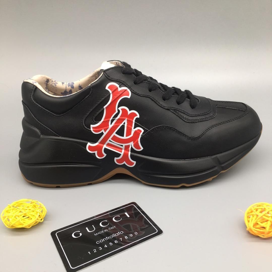 buy popular 86dca 43759 Acquista Rhyton Vintage Sneakers Luxury 2019 Fashion Designer Donna Stivali  Trainer Uomo Sneaker Alpinismo Scarpe Casual Sport Oversize Trainers A   83.42 ...