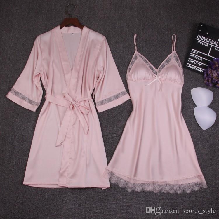d59dff97a9d66 Automne Femmes Ensembles De Chemise De Nuit 2 Pièces Robe De Nuit Peignoir  Avec Plastron Pad Femme Satin Kimono Robe De Bain Robe De Nuit Rose Robes  ...