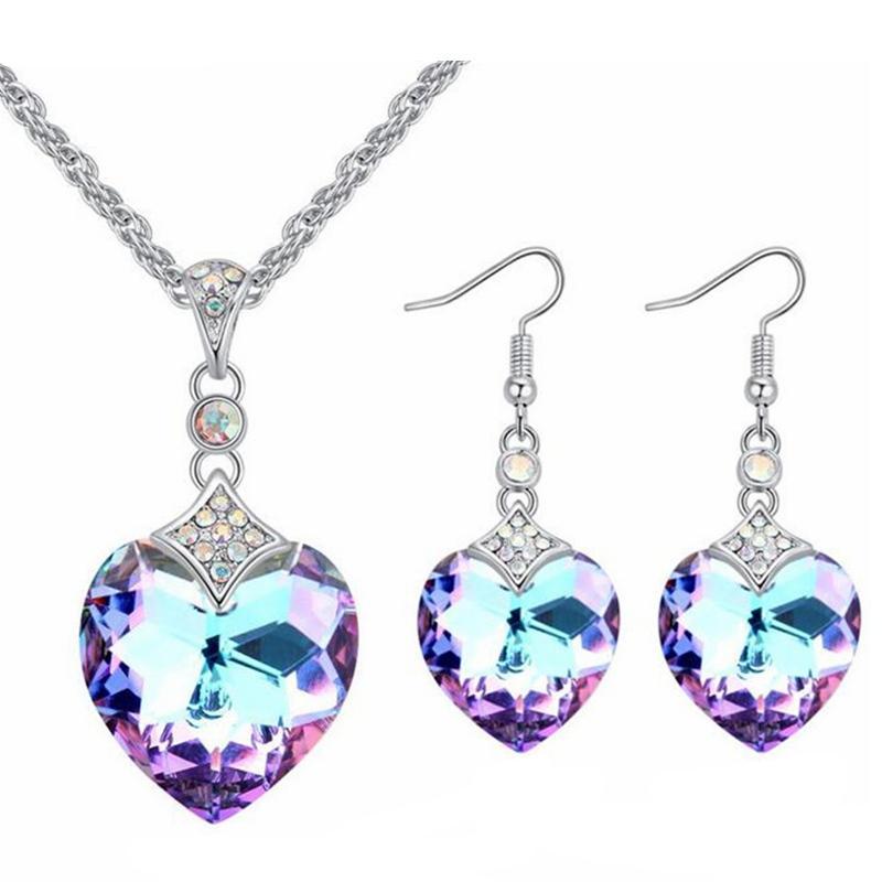 1ec85b41e7b2 venta al por mayor Cristal de corazón de Swarovski Conjuntos de joyería de  moda para mujer Pendientes colgantes de boda collar para regalo nupcial ...
