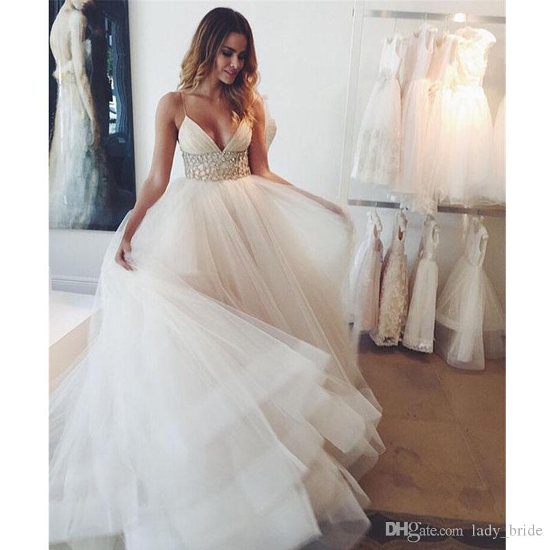2020 A-Line Delicate Beach Wedding Dresses Spaghetti Straps V-Neck Crystal Beaded Waist Romantic Wedding Bridal Gowns Cheap