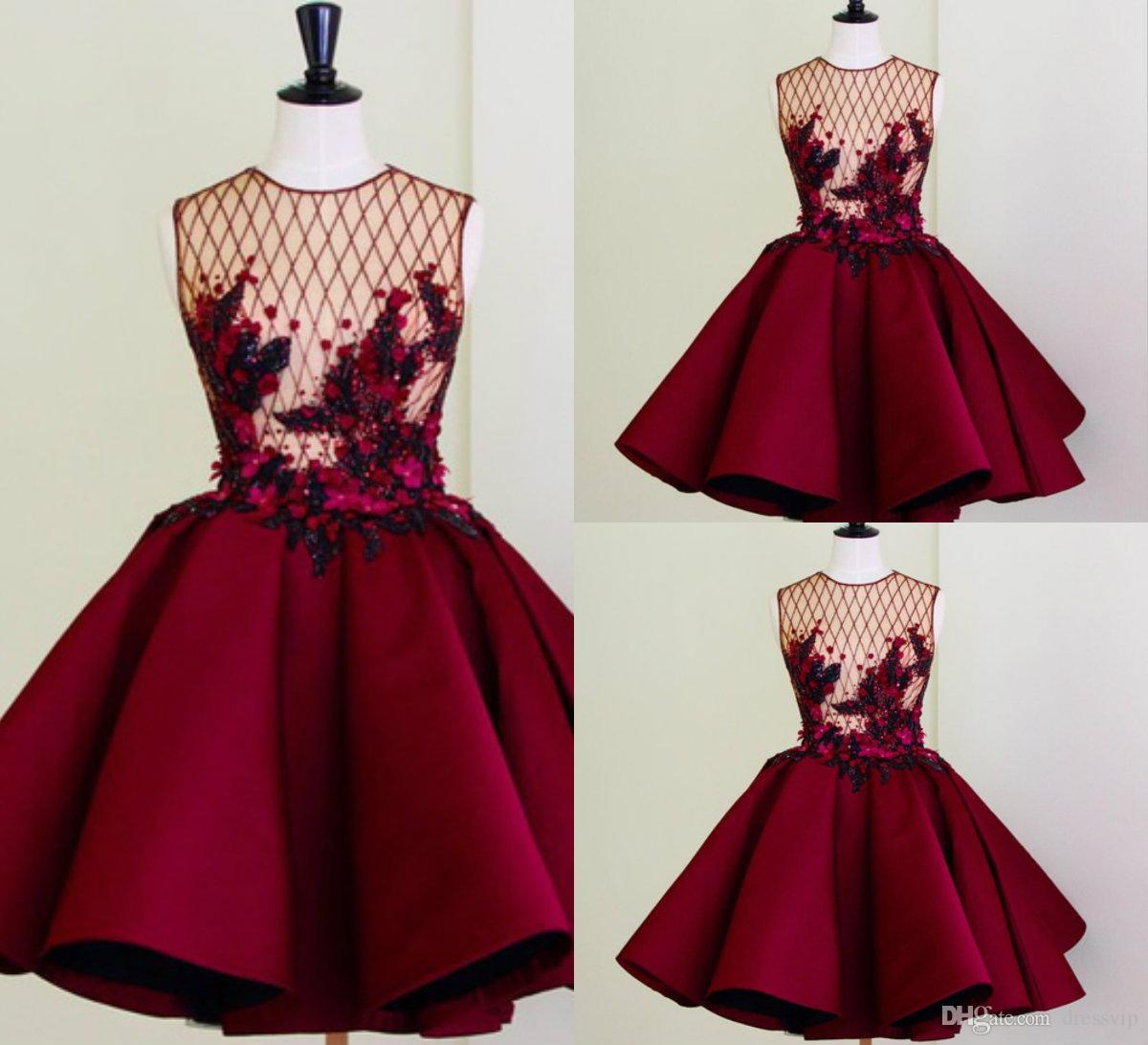 77f189b3f7 Compre Cuadros Reales Vestidos De Cóctel Rojos Cuello De Joya Perlas  Apliques A Línea Ilusión Blusa Vestido De Fiesta Corto Vestidos De Fiesta  Por Encargo A ...