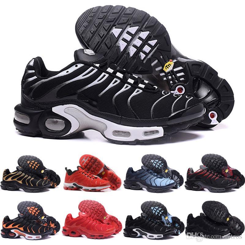 nike air max TN shoes 2019 Hommes Mode TN Triple Noir Rouge Bleu Chaussures De Course Top Vente Hommes Chaussures Sport Sneaker Outddor Athlétique