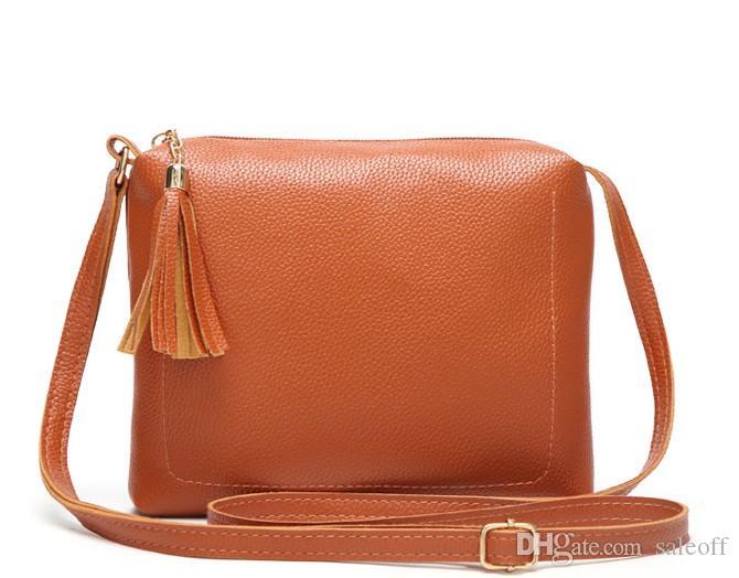 0e70afa89 Compre Bolsos Bandolera De Mujer Diseñador Bolsa Feminina Marca Bolsos  Pequeños Para Mujeres Bolso De Mano Sac A Main Femme 18 * 4 * 20cm A $9.14  Del ...