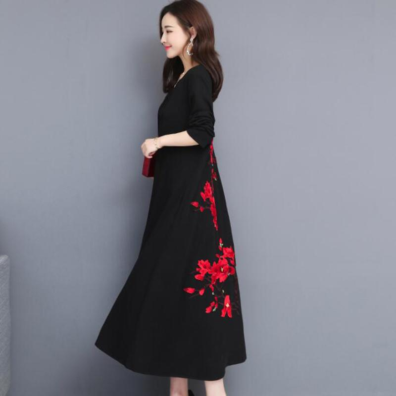 2019 Spring Autumn Casual Women Long Dress Vintage Loose Plus Size Dresses  Long sleeve V-neck Flower Embroidery Party Dress 5XL