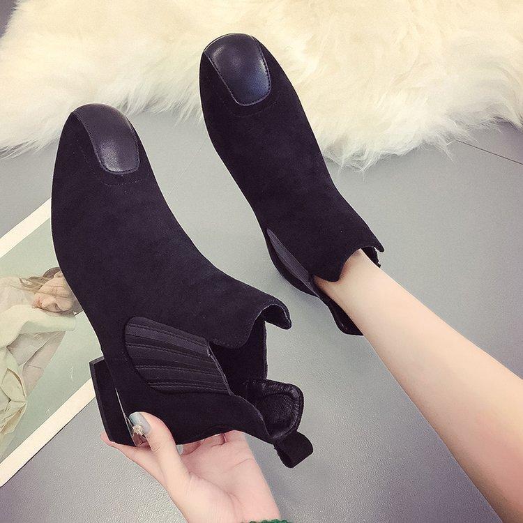 00f2ab673 Compre Señoras De Invierno Botas Cortas Planas De Tacón Grueso Para Mujer  Zapatos De Mujer Zapato Botines Botas Martin Frescas Tacón Grueso Cuero  Nubuck ...