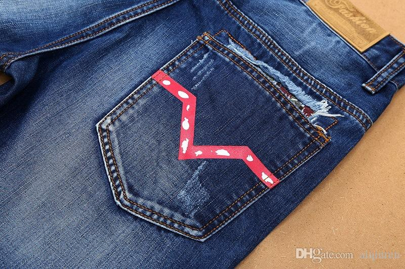 2020New Arrival Top Quality Brand Designer short Denim Jeans Embroidery Pants Fashion Holes Trousers Italy Size28-38 designer men's jeans702