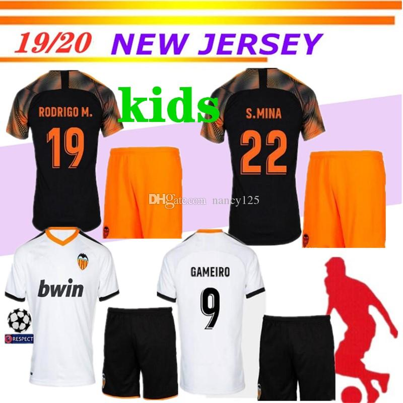 on sale e4b5b 28756 2019 2020 valencia CF soccer jersey Kids Kits 18 19 MINA PAREJO GAYA VIETTO  GUEDES ZAZA G.GUEDES RODRIGO valencia football shirt