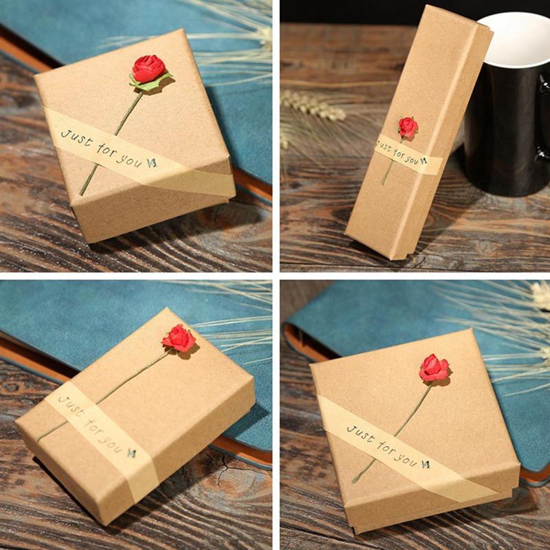 ff223dc4f Compre Venta Al Por Mayor Caja Marrón Rojo Flor De Kraft Papel Regalo De  San Valentín Joyero / Bolsa Diseño Vintage A Granel Anillos / Pendientes  Caja A ...