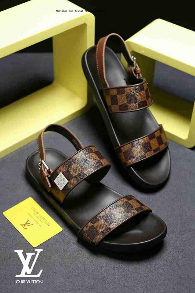 bc855bf889d5 Brand Sandals Designer Men And Women Beach Slide Fashion Casual Rubber  Slippers Outdoor Massage High Quality Men S Black Wedges Platform Shoes  From Otaku33