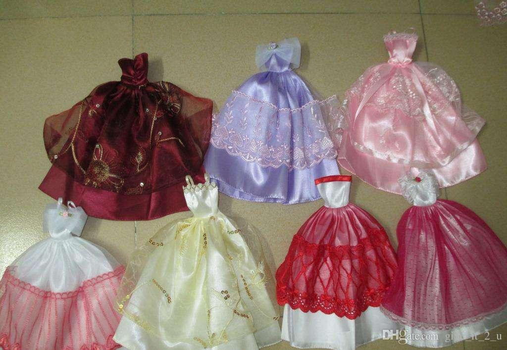 TOY&GIFTS dolls&accessories. doll apparel.Wedding dress Fashion SkiRT Princess Shoes.Big skirt dress. Family toys