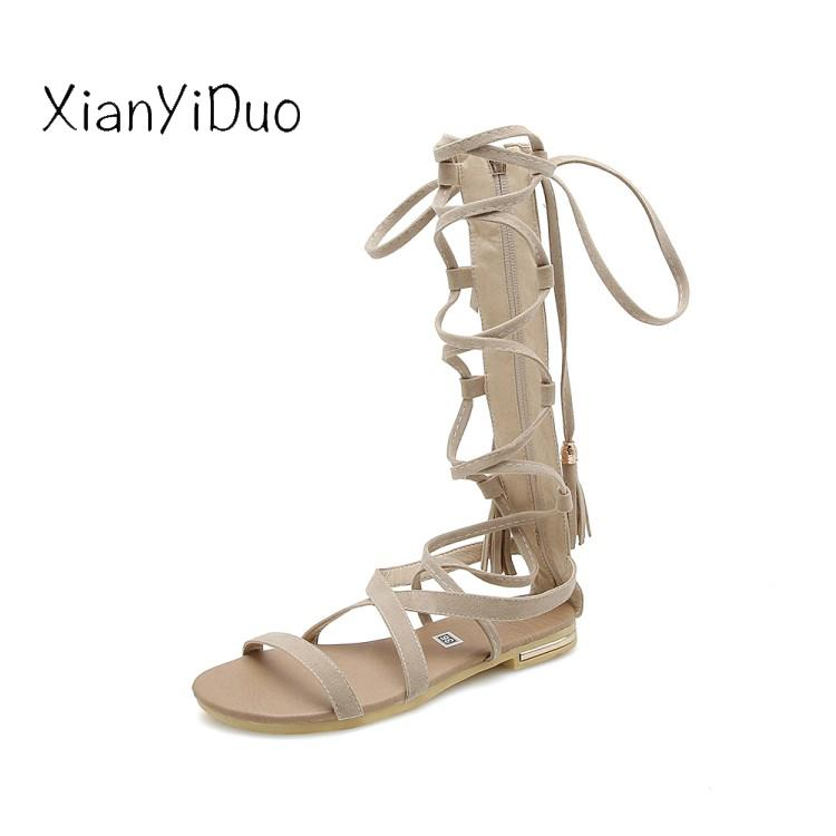 1a3f0044c3 Compre 2019 Nueva Moda De Verano Zapatos De Mujer Punta Abierta Sandalias  De Tacón Plano Franja De Color Caqui Beige Plus Size34 43 Productos Baratos  China ...