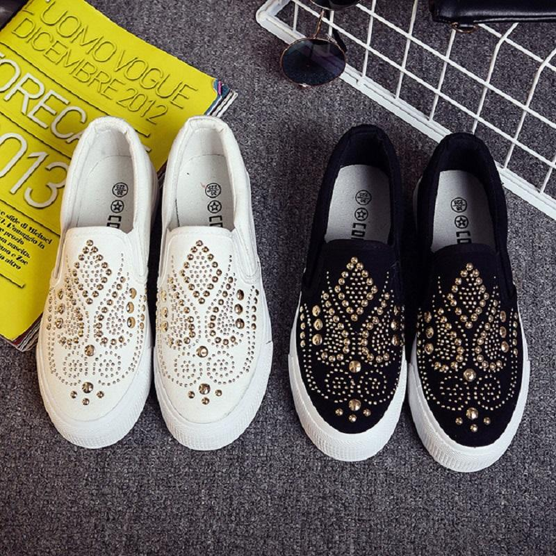 2019 New Spring Summer Autumn Korean Style Loafers Shallow Rivet Platform Metal Women Flats Slip-On Lady Lazy Shoes 190523