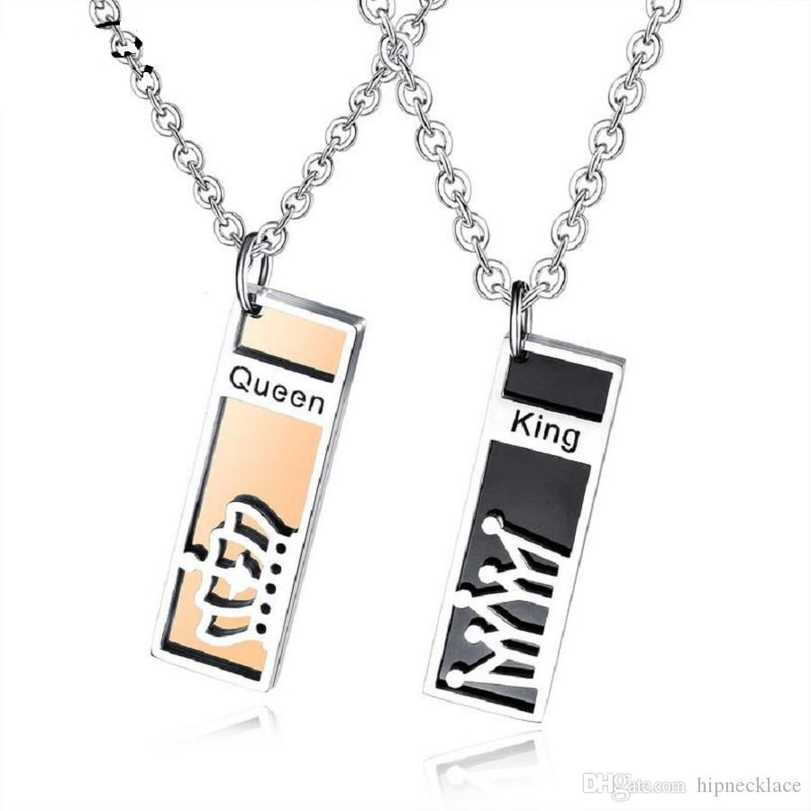 Fashion Couple Necklaces Boy Girl Anniversary Choker Necklace Square Card King Queen Pendant Stainless Steel Chain Jewelry Gift for Girl