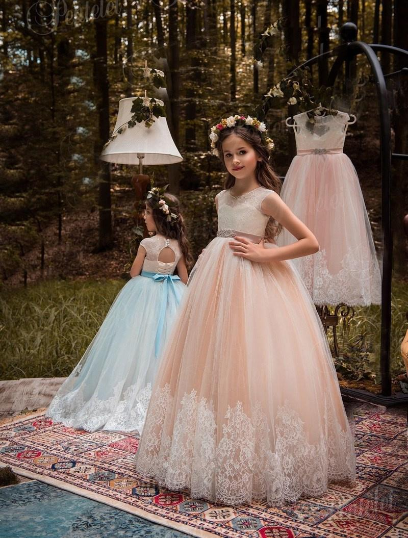 Ball Gown White Ivory Lace Applique Kids TUTU Flower Girl Dresses Party  Prom Princess Gown Bridesmaid Wedding Formal Occasion Dress 32 Tutu Flower  Girl ... 2438c54f63e0