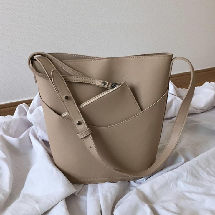 66998ea1ed Women Bucket Bag Korean Style Ladies Shoulder Bag Casual Crossbody Large  Capacity PU Leather Purse And Hanbags Black Bolsas Fiorelli Handbags  Discount ...