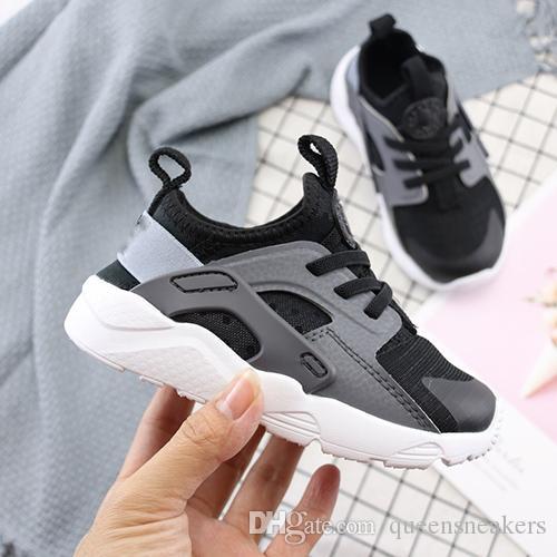a544ba7f546d1 Acheter Enfants Mignons Air Huarache 5 Sneakers Chaussures Pour Garçons  Fille Authentique Tous Blancs Baskets Enfants Huaraches Sport Chaussures De  Course ...