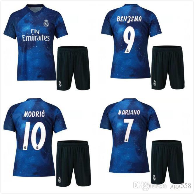 9934ff56575 2019 Real Madrid EA Sports Soccer Jerseys RONALDO ASENSIO MODRIC Soccer  Jersey Football Shirt RAMOS Camiseta 18 19 Real Madrid Third Red Maillot  From Ggg558 ...