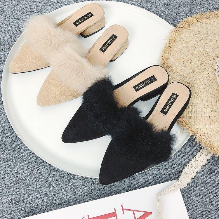 Acquista Pantofole Di Pelliccia Delle Donne Di Inverno Del Tallone Di Modo  Casuale Delle Donne Pelliccia Chiusa Faux Pelliccia Di Fuori Delle Scarpe  Delle ... 2d4350ef646
