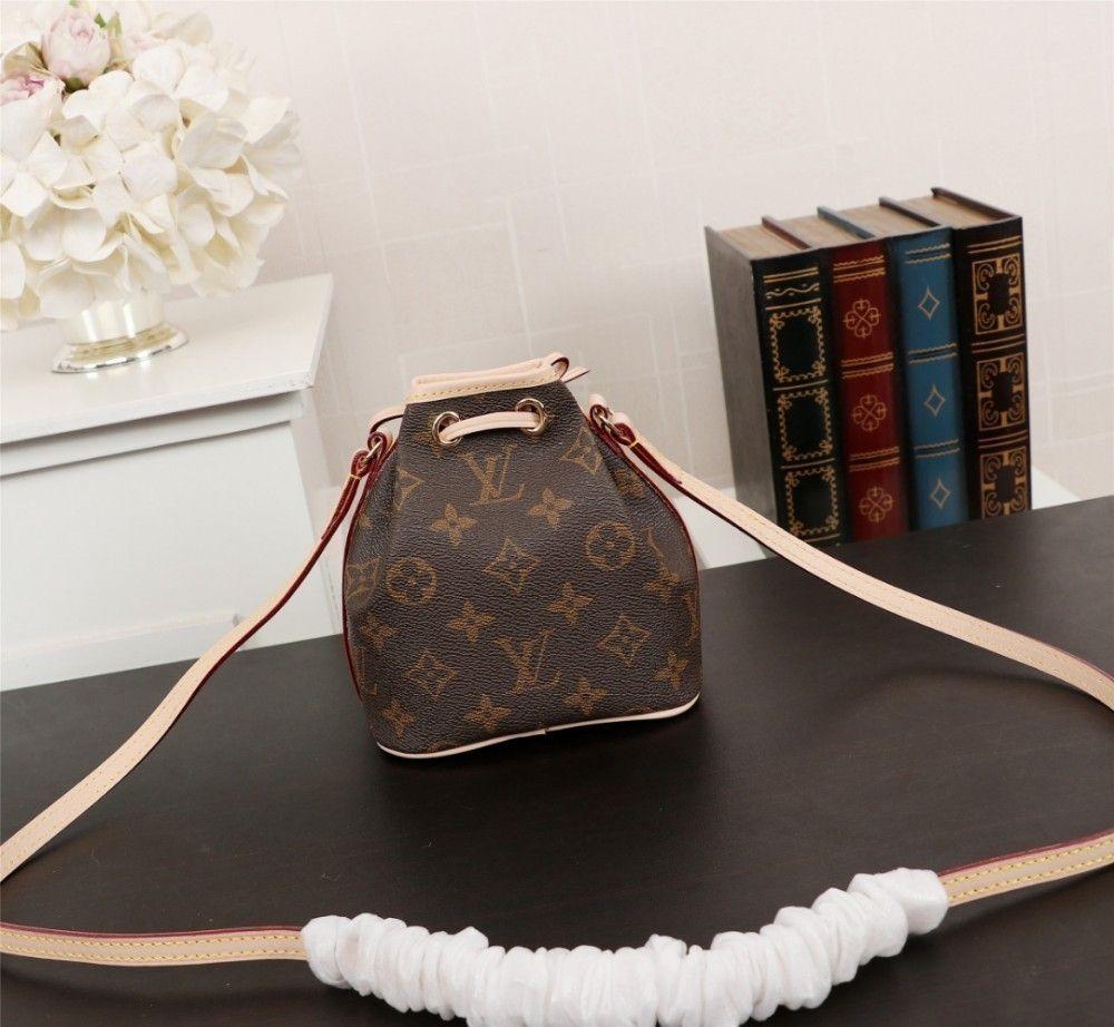 990f167243c 2019 The New Listing Best Women Designer Handbag Retro Fashion High ...