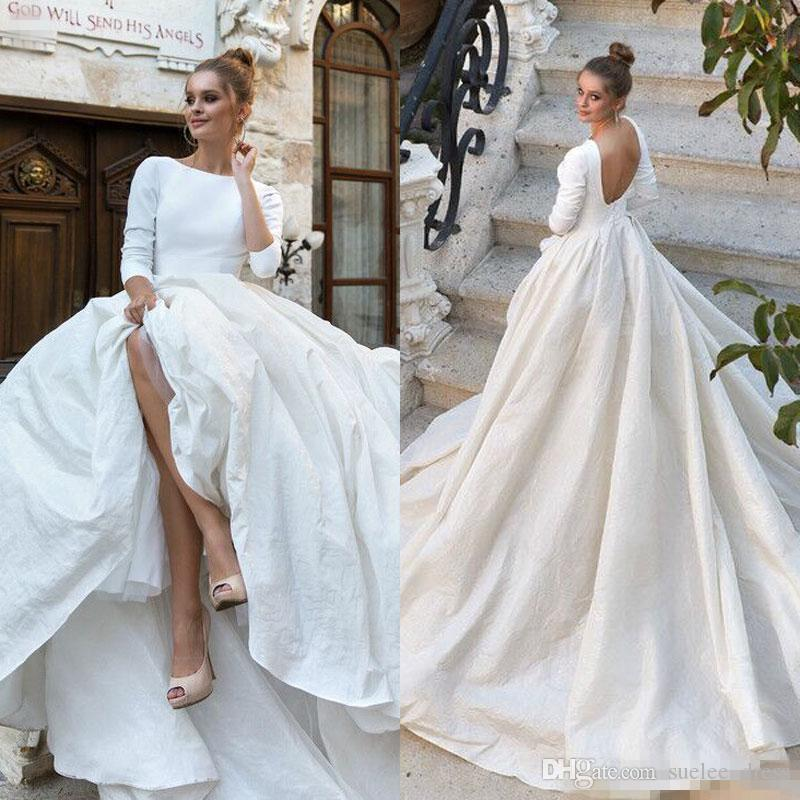 Discount 2019 Sexy Backless Simple Wedding Dresses A Line