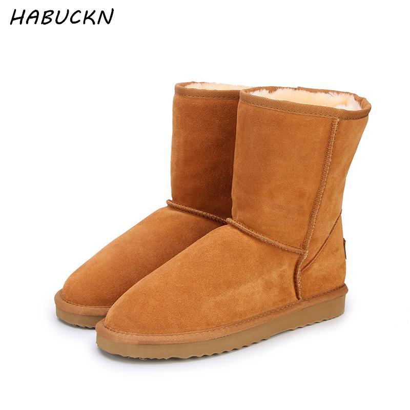 272798bc8 Compre HABUCKN Genuíno Couro De Camurça Botas De Neve De Inverno Para As  Mulheres Reais Lã De Pele De Ovelha Forrada De Inverno Sapatos De Alta  Qualidade ...