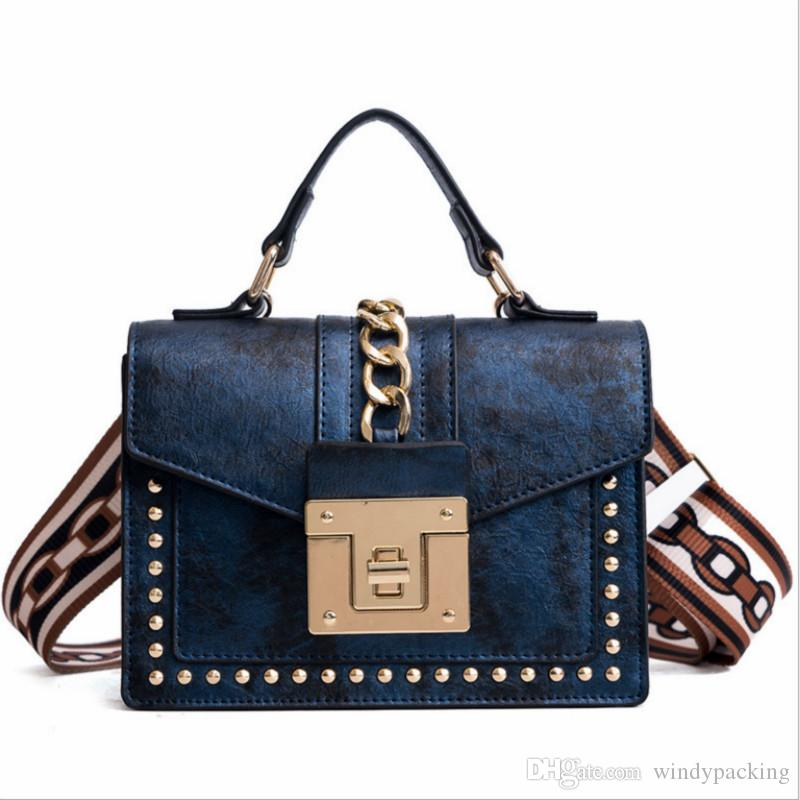 2018 New Female Flap Fashionable Korean Version of Handbags with ... 4ff22ab1a673a