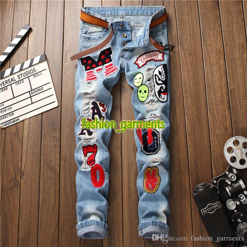 Brand New Fashion Designer Jeans Mens Slim Non-elastic Trousers Men Letter Badge Hole Straight Jeans Fashion Trend Jeans Blue