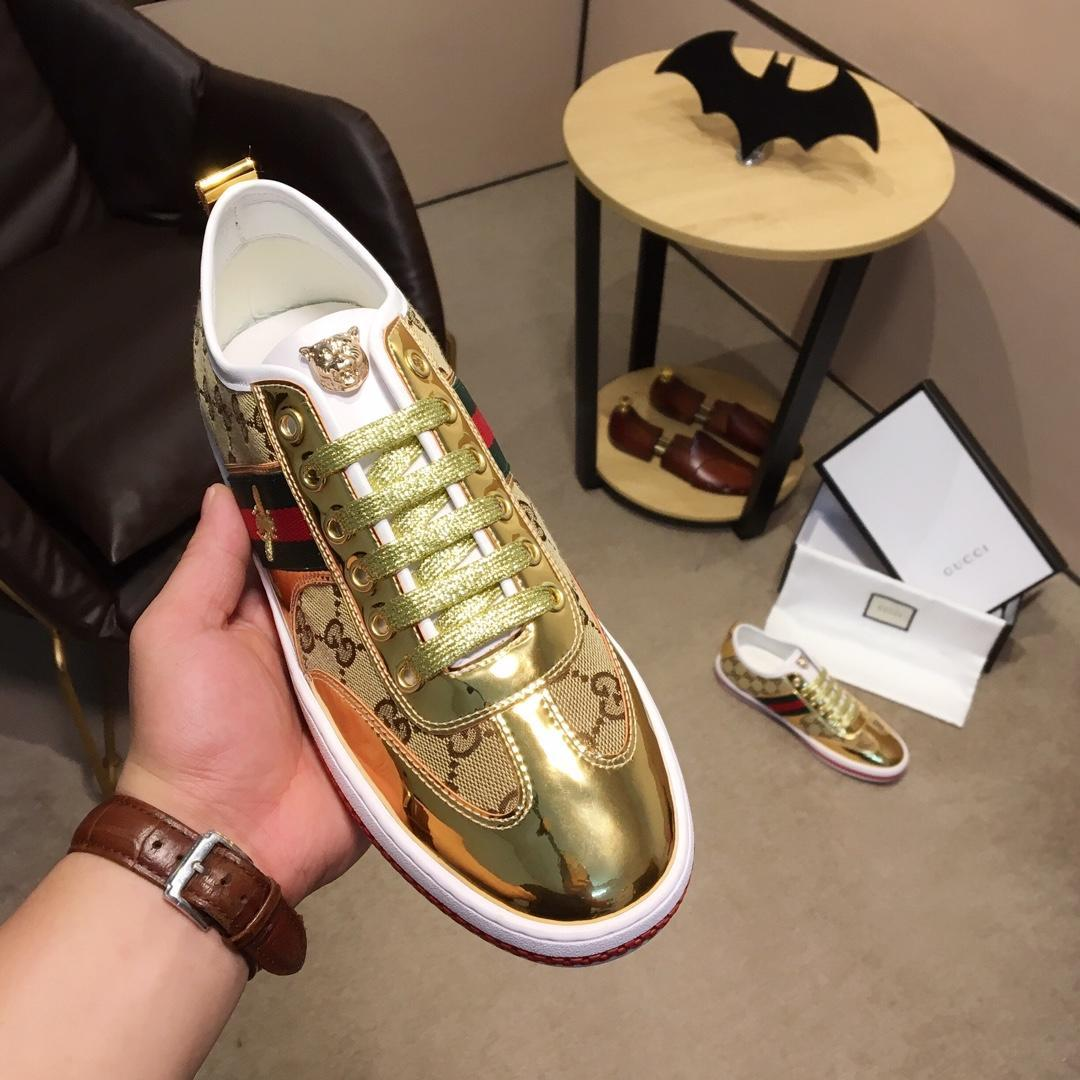 167aae34c 2019 Italy Top Golden Striped Series Men'S Casual Shoes Men'S Sports Shoes  Fashion Running Shoes High Quality Dust Bag Sperry Shoes Silver Shoes From  ...