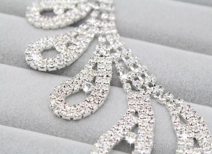 The latest best selling bridal jewelry necklace earrings set claw chain rhinestone birthday party dinner dress with jewelry