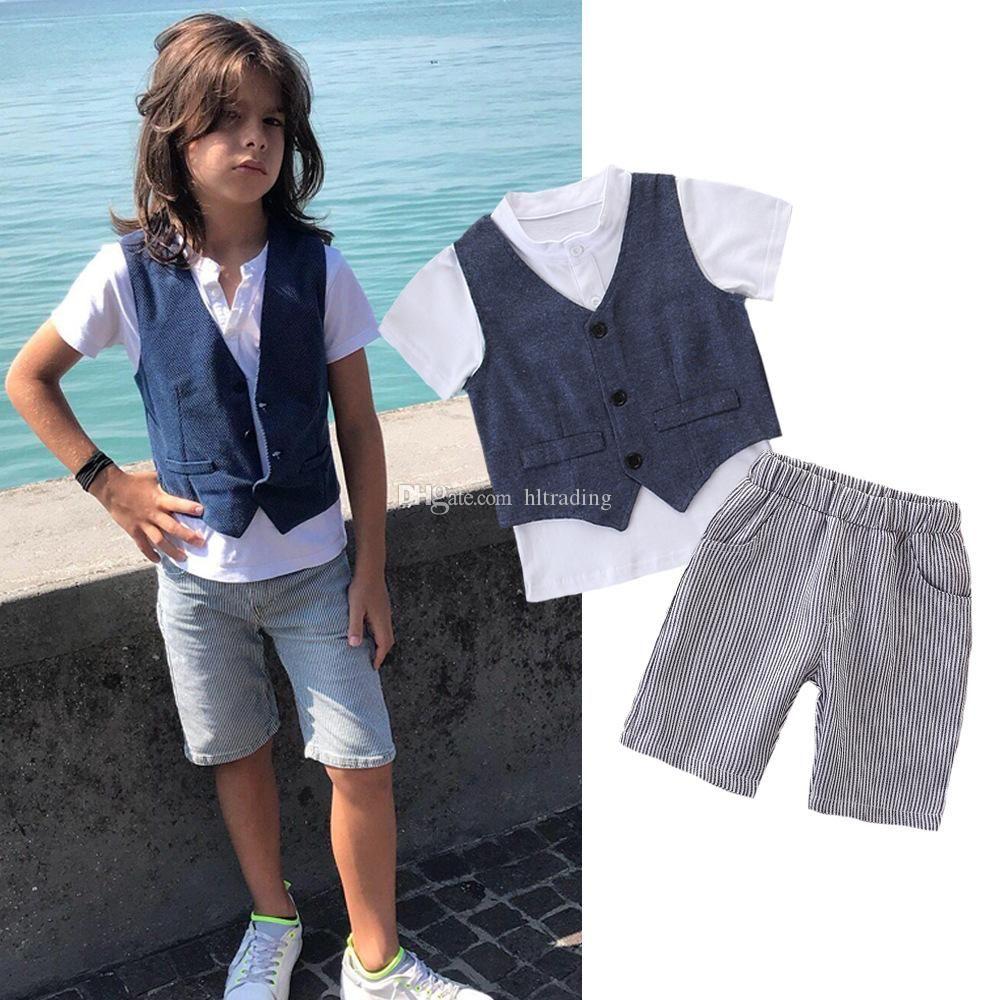 5c97dce8 Ropa de diseño para niños, muchachos, trajes de caballero, chaleco top  raya, pantalones cortos 3 unids / set 2019 Boutique de moda de verano ropa  de ...