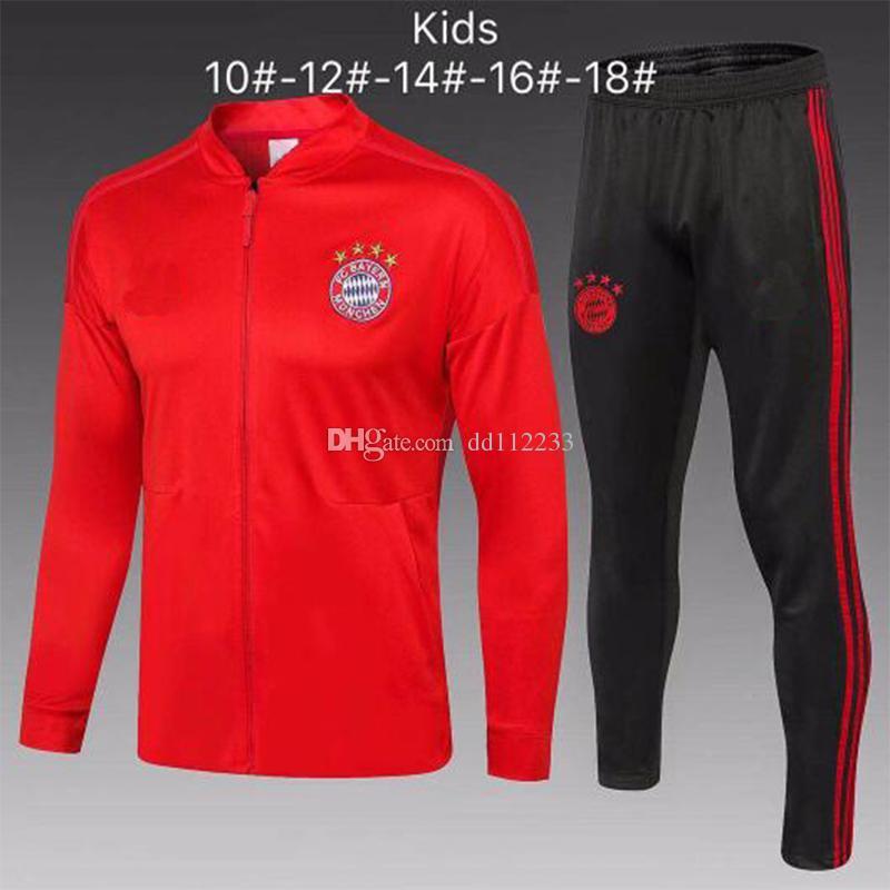 Compre Chándal Del Bayern Munich 2019 2020 Para Niños JAMES MULLE R  LEWANDOWSKI Chándales De Fútbol 1819 ROBBEN GOTZE BOATENG Traje De  Entrenamiento Bayern ... ab6d27eeec935