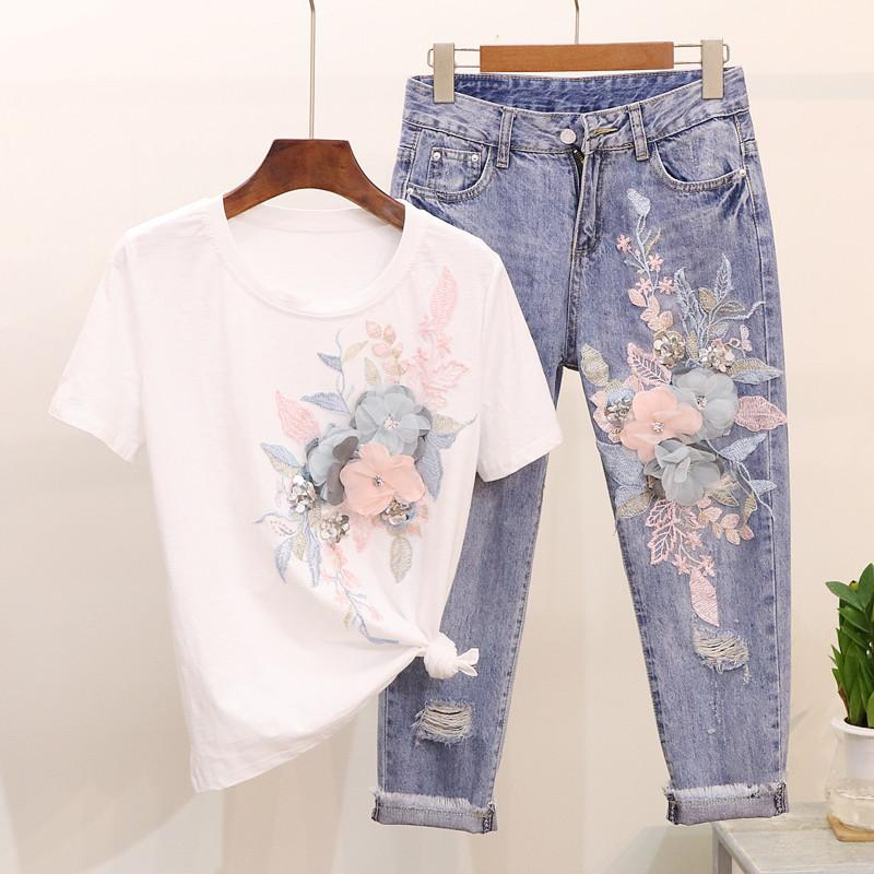 2019 New Spring and Summer Women Embroidery Flower Sequins Short-sleeved T-shirt + Broken Jeans Pants Casual Two-piece Suit