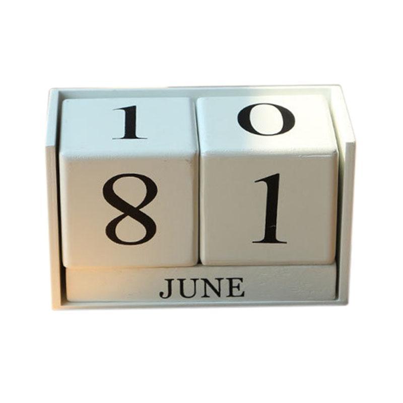 Vintage Wooden Perpetual Desk Calendar Block Planner Permanent