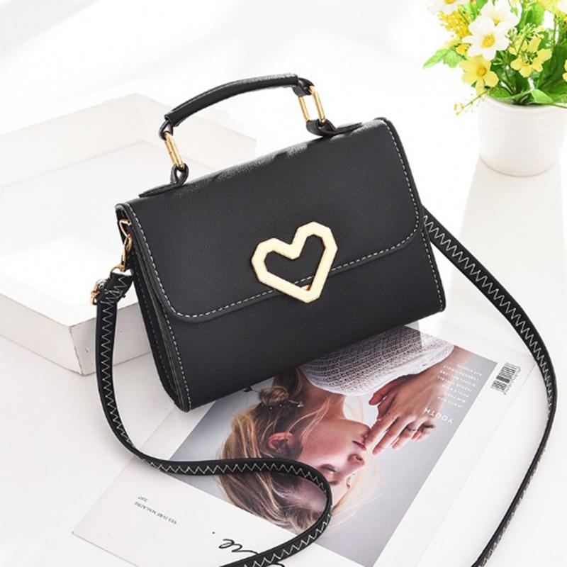 259038d4ce 2018 New Women Bag Stylish Handbag Women Messenger Bags Women S Pouch  Evening Party Small Handbags Heart Leather Shoulder Bag Black Handbag Purses  Wholesale ...