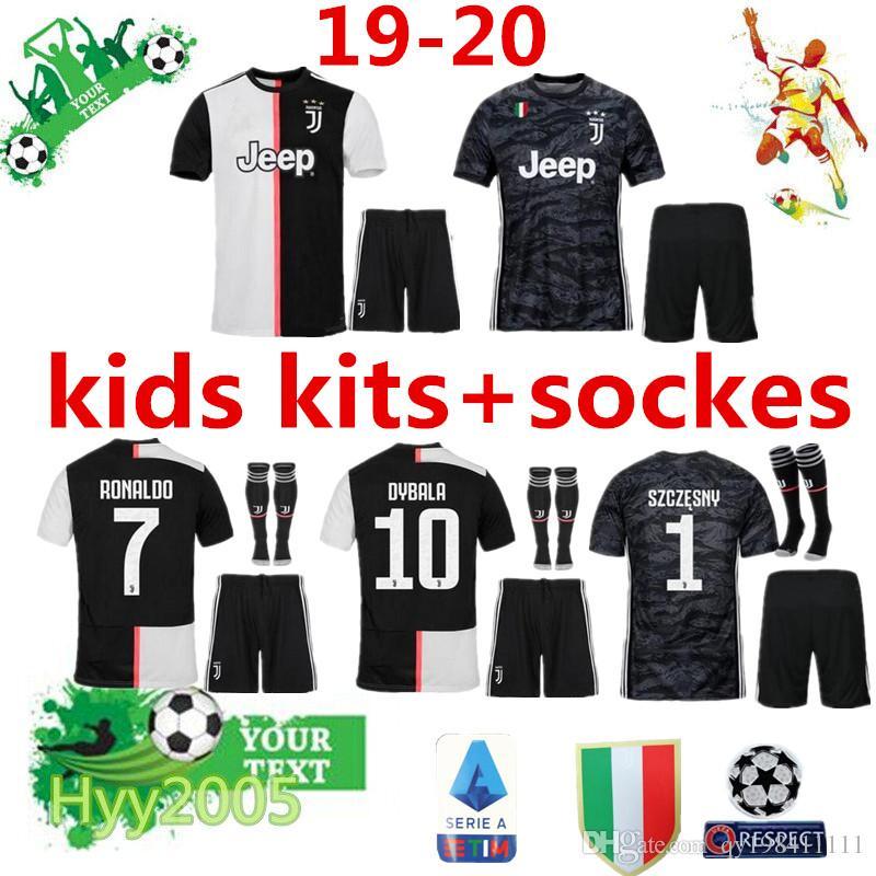 official photos f7bbc 9e3da 19 20 Juventus kids kits sockes 2019 2020 RONALDO uniforms champions  Bernardeschi DYBALA JUVE child goalkeeper shirt kits