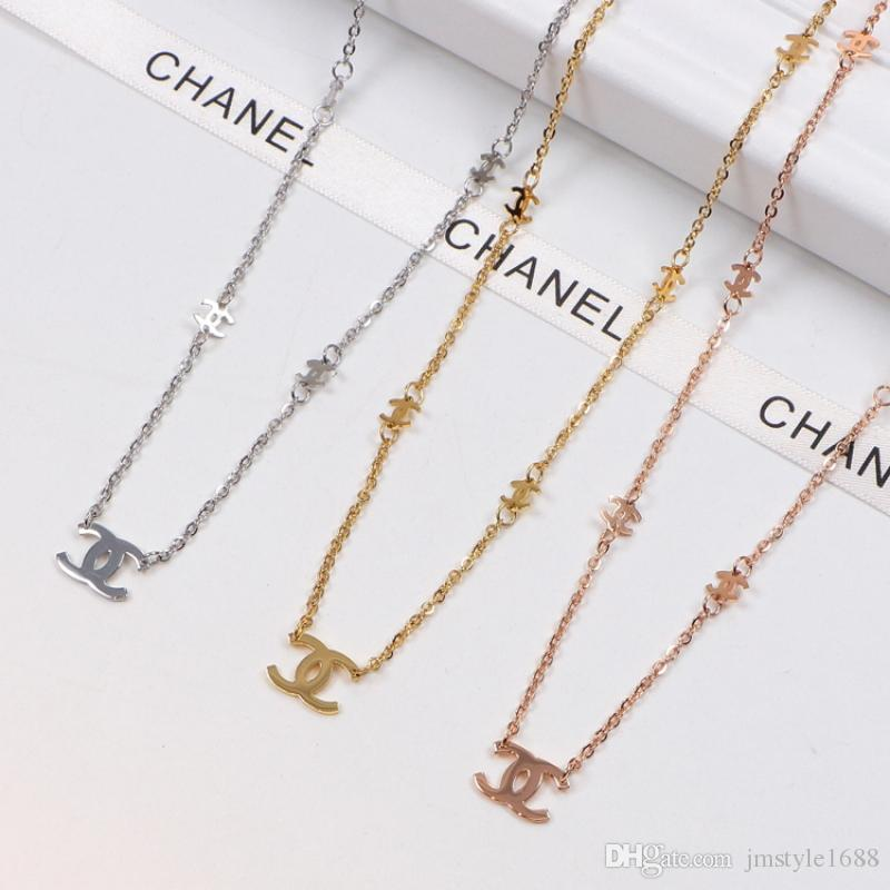 Big and Tiny Letter Necklace Lady Fashion Charm Necklaces Elegant Rose Gold Necklaces Modern Minimalist Pendant Necklace for Party Wedding