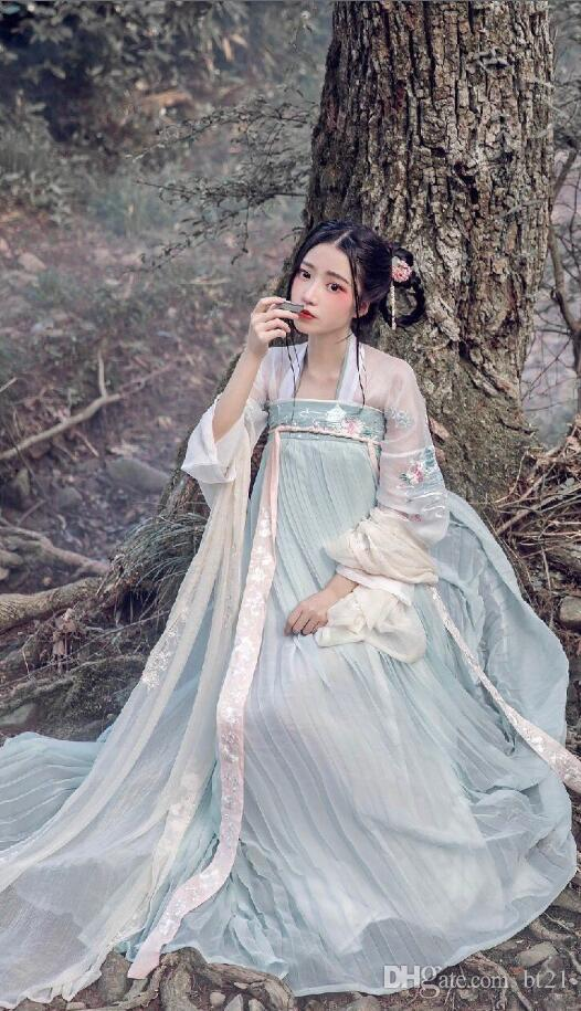 2019 Hanfu Comfortable Flying Flower Walk At Toad Hall Qi Chest Jacket Fresh  Embroidery Tradition Daily Ancient Costume Fairy Dress Spring And Su From  Bt21, ...
