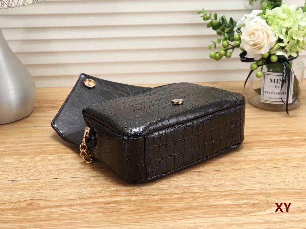 Woman Fashion Crocodile Leather Letters Designer Handbags Luxury ... fc9e7bf3fc1a8
