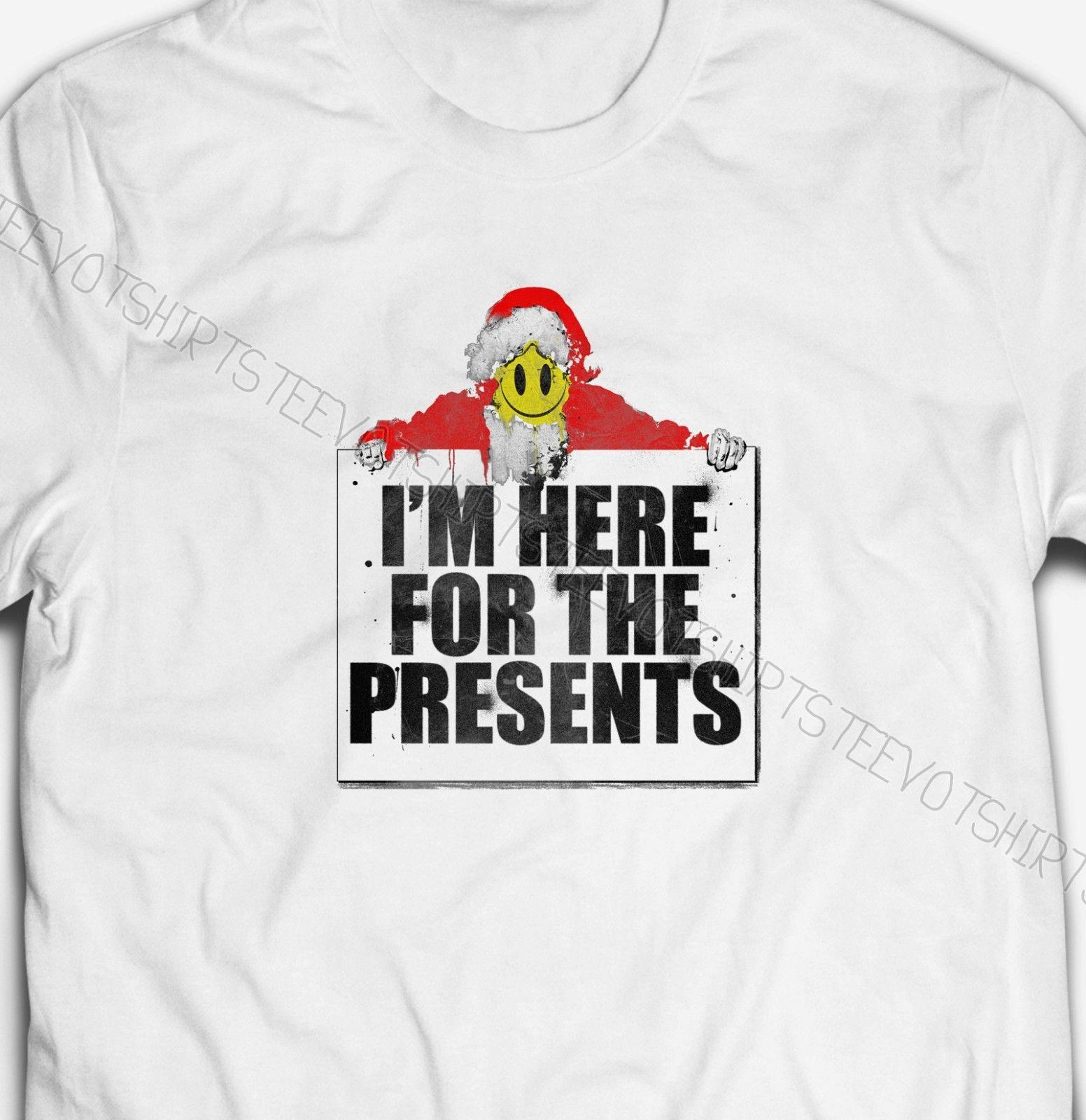 I'M HERE FOR THE PRESENTS FATHER CHRISTMAS Mens-Fit 100%Cotton T-shirt TEE Shirt white black grey red trousers tshirt