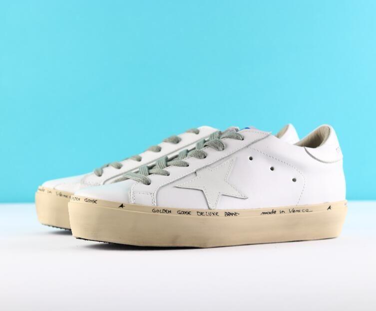 da28bda074c40 Old Skool Scarpe Di Lusso Golden Goose Ggdb Old Style Sneakers Genuine  Leather Villous Dermis Mens Women Luxury Superstar Trainers Sneakers Shoes  Geox Shoes ...